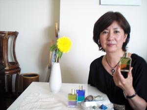 50代女性:イライラと仕事の悩み&自分を見つめ直す:カラーセラピーとアロマ&クリスタルヒーリング